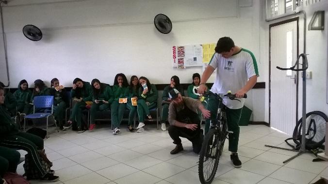 Bicicleta nas escolas